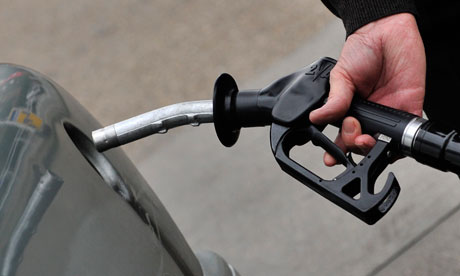Petrol prices reach new high in UK