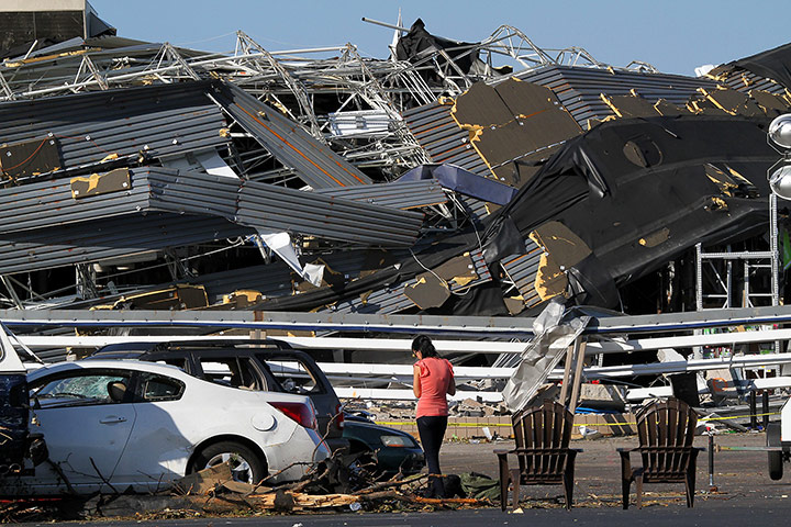 Carolina Tornado: The Lowe's hardware store in Sanford, Carolina destroyed the building