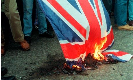 Esamir National News Network  - Page 3 Burning-union-flag-007