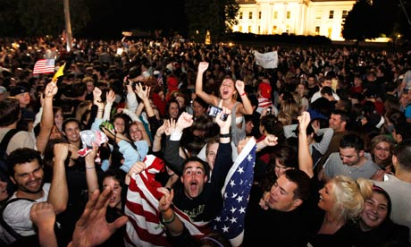 Crowds celebrate the death of Osama bin Laden outside the White House