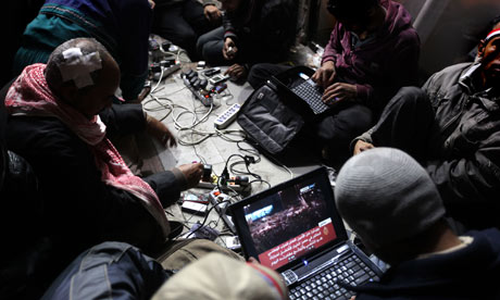 Egyptian anti-government bloggers work o