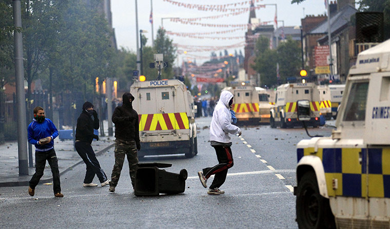 Belfast sectarian riots: Belfast sectarian riots