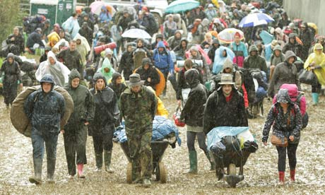 Glastonbury 2011 arrivals