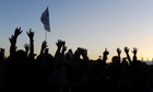 Glastonbury 2011: Sunset crowd 2