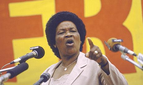 Albertina Sisulu addresses a Free Mandela rally in 1985