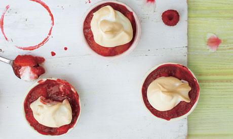 Nectarine berry meringues