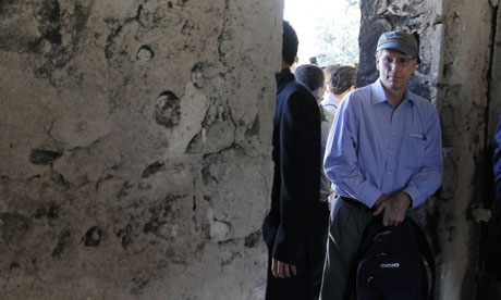 US ambassador Robert Ford enters the local security forces headquarters in Jisr al-Shughur, Syria