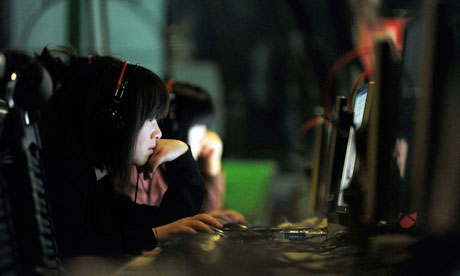 Women on computers