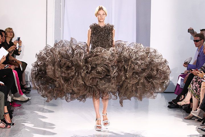 Paris Haute Couture: Iris Van Herpen Haute Couture 2011/2012 collection Paris