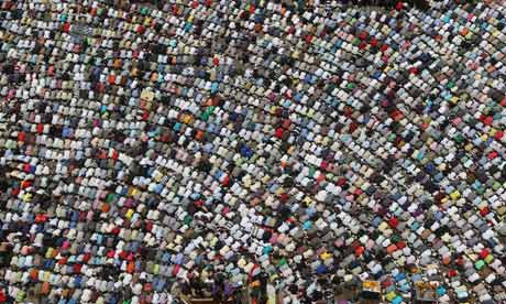 Friday prayers in Cairo's Tahrir square