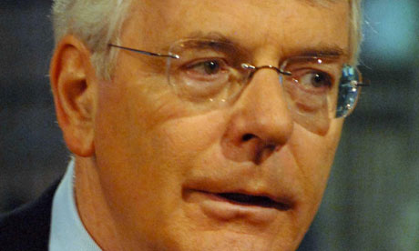 John Major wanted a two-party alliance against Rupert Murdoch, Chris Mullin's diaries reveal