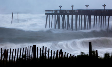 Hurricane Irene strikes North Carolina