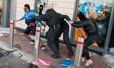Police-detain-suspected-l-007.jpg