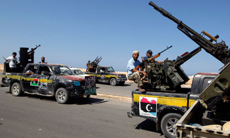 Rebel fighters advance on Sirte