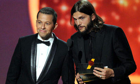 Jon Cryer and Ashton Kutcher at the 2011 Emmuy awards