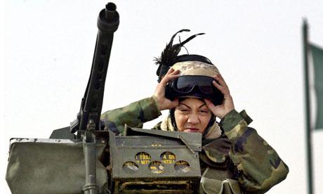 An Italian female soldier