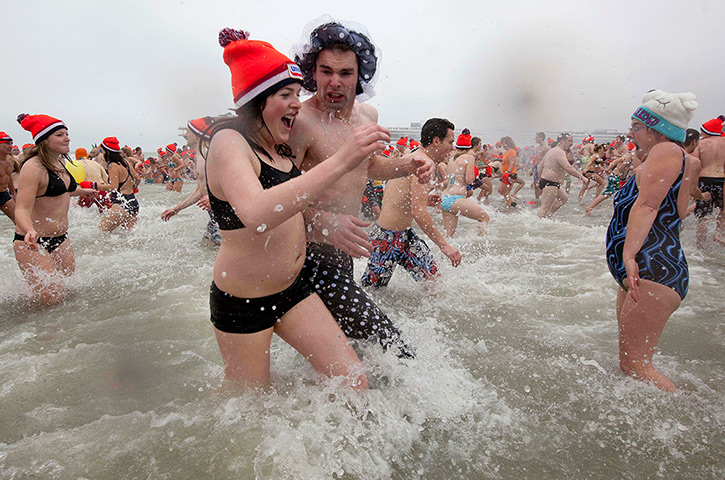 New Years day swimmers: Thousands celebrate the New Year at Scheveningen