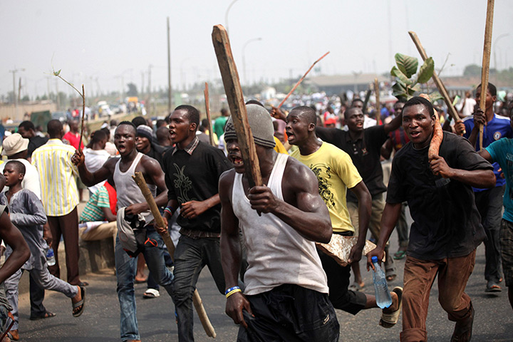 Nigeria fuel protests: Demonstrators march through Ikorodu road in Lagos