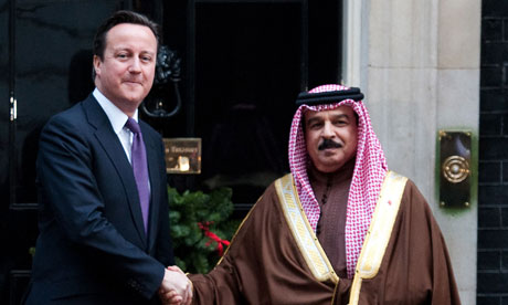 David Cameron welcomes the king of Bahrain