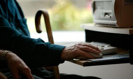 Elderly people using computers