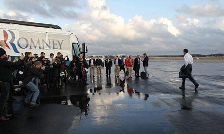 Mitt Romney arrives in South Carolina