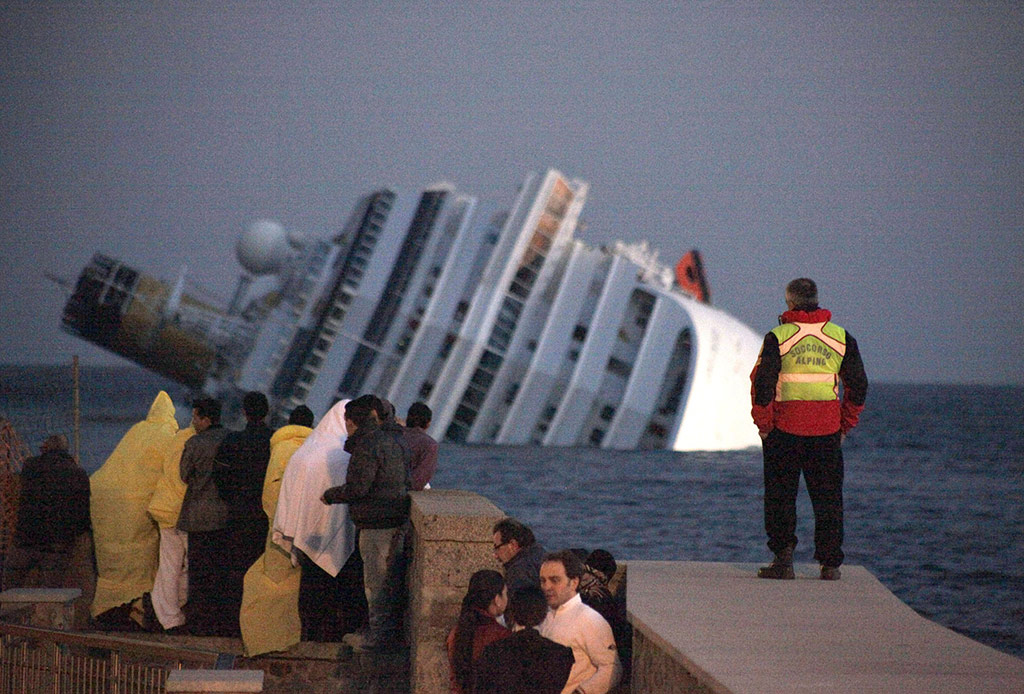 Costa Concordia cruise ship runs aground, Giglio, Italy - 14 Jan 2012