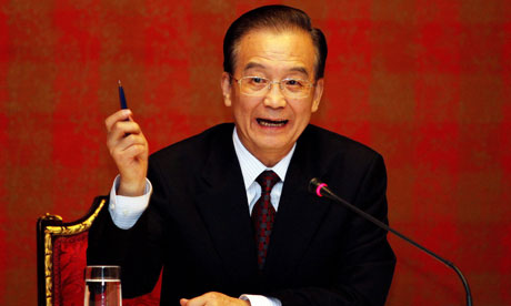 Wen Jiabao at a press conference in Qatar