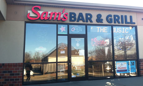 Sam's Bar and Grill, Iowa