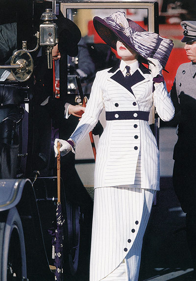 V&A Hollywood Costume: Costumes from 'Titanic', 1997 will be displayed