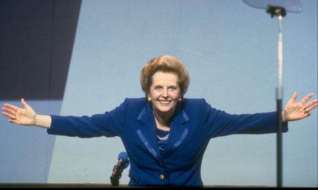 Margaret Thatcher, o endurecimento da alma e a crença no amor