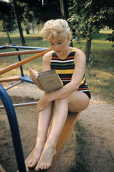 Eve Arnold dies: 1955 arilyn Monroe, Long Island, New York