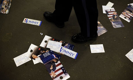 Romney litter after campaign event