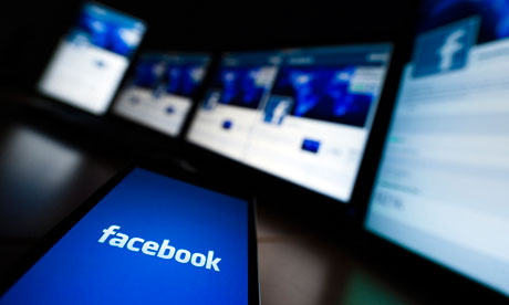 Facebook paid its UK-based staff an average of £275,000 each in 2011 while contributing just £195,890 to the Treasury, according to accounts filed at Companies House. Photograph: Valentin Flauraud/Reuters