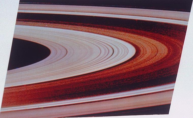 Image of Saturns rings ta 009