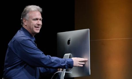 Apple's Phil Schiller announces the new iMac.