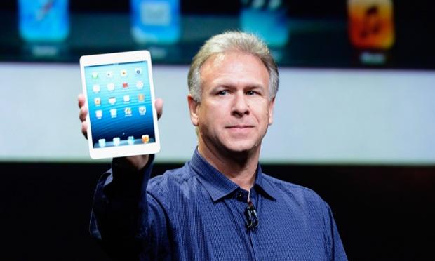 Apple senior vice president of worldwide product marketing Phil Schiller announces the new iPad Mini.