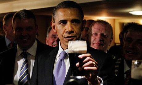 Barack Obama drinking Guinness