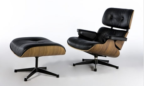 Image of a fake Eames Lounge chair