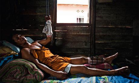 Suge, un mare tine minatore in Bangka, Indonesia