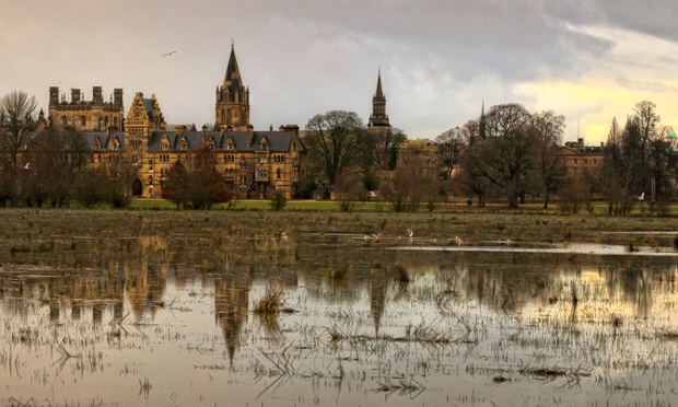 sdhaddow has been out taking photographs of flooding at Christ Church Meadow, Oxford. The meadow is bounded by the River Thames and the River Cherwell.