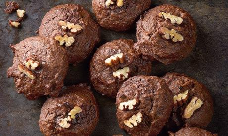 Chocolate muscovado macaroons