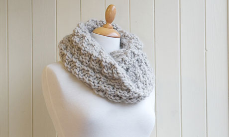 Knitting pattern: chunky snood | Crafty Crafty