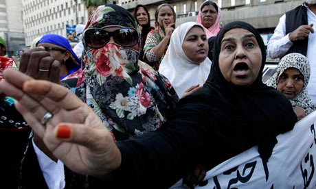 Anti-polio campaigners demonstrating in Karachi against attacks on health workers