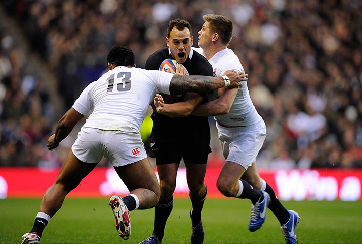 tom england v nz 2: Israel Dagg is clobbered by Tuilagi and Farrell