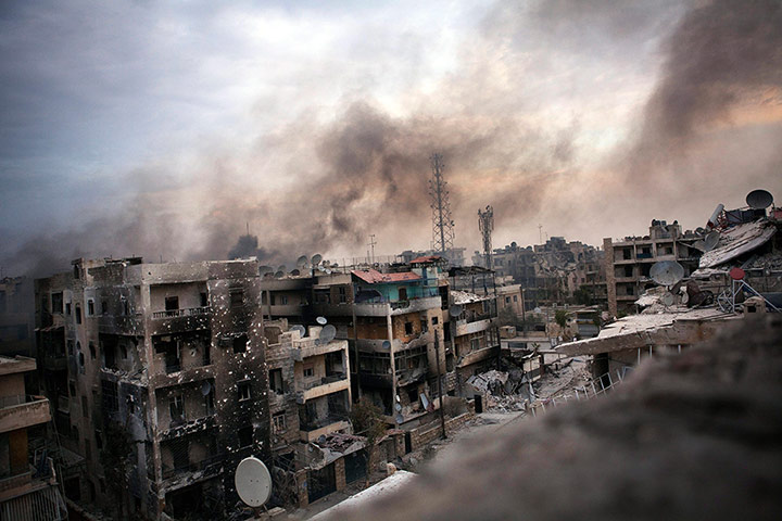 Pics of the Year 2012: Bombs over Aleppo by Maysun