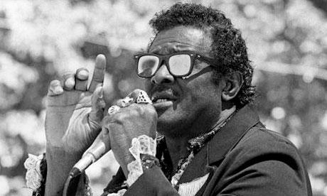 Jimmy McCracklin performing in Oakland in 1990
