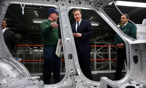 Does it come in blue? David Cameron talks with JLR employee Christopher Snape about the new aluminium bodied Range Rover.