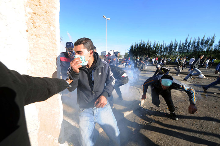 В столице Алжира произошли столкновения