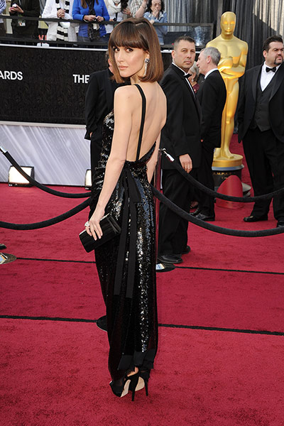Oscars red carpet: Rose Byrne