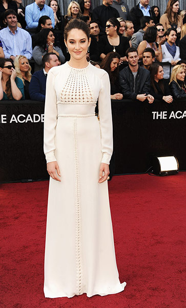 Oscars red carpet: Shailene Woodley